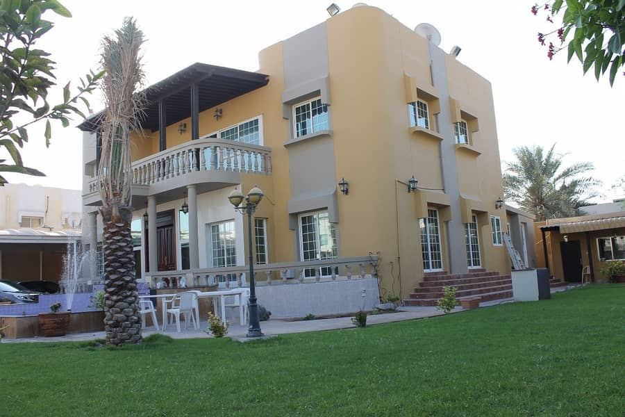 2 4 Bed + Maid +Driver Room | Furnished |Ready Villa For Sale