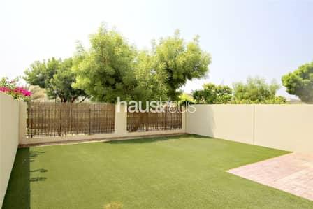 فیلا 3 غرفة نوم للايجار في البحيرات، دبي - Exclusive | Immaculate villa | Call Isabella Now!