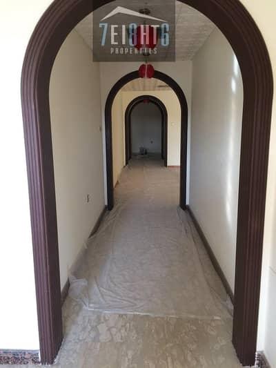 فیلا 3 غرفة نوم للايجار في أم الشيف، دبي - Beautifully maintained: 3 b/r semi-independent villa + maids room + large landscaped garden for rent in Jumeirah