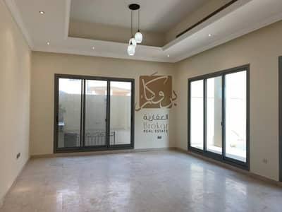 فیلا 5 غرف نوم للايجار في مدينة محمد بن زايد، أبوظبي - فیلا في مدينة محمد بن زايد 5 غرف 220000 درهم - 4264078