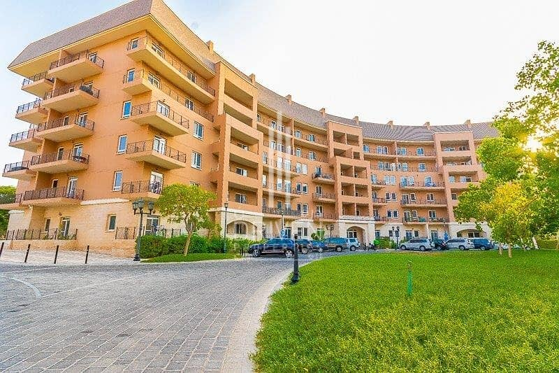 2 Upgraded and Bright 2BR with Garden View