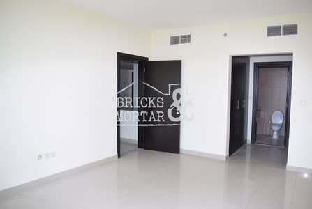 Apartment with one bedroom is for rent at Dubai sports city with well maintained and good view.   Rent can be discussed
