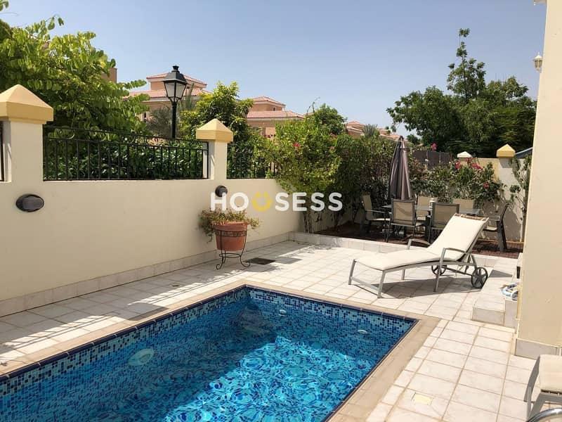 Luxury 5 BR Custom Villa - Private Pool - Vacant