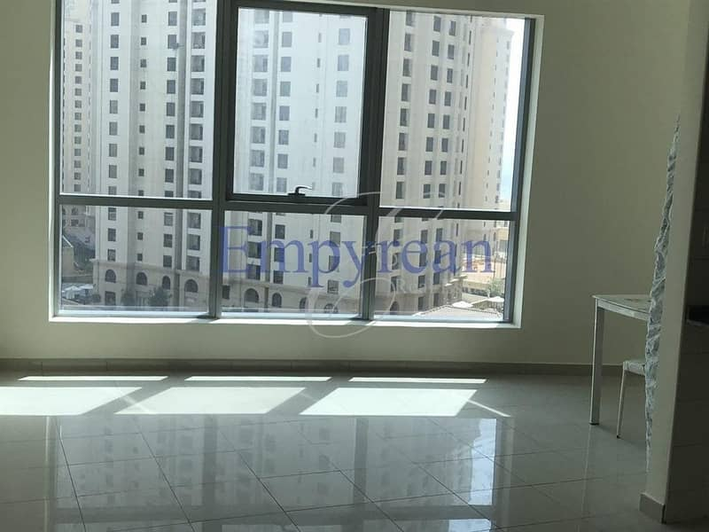 Stunning Fully  Studio Apartment in Bay Central
