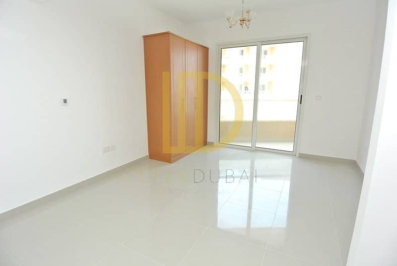 22k British Managed Studio for rent in Lakeside