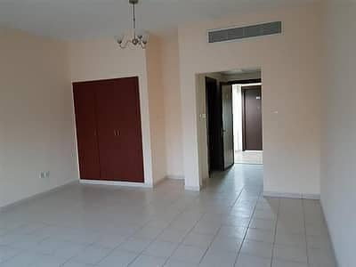 18000/ Studio for rent in Morocco  cluster close to the bus stop.