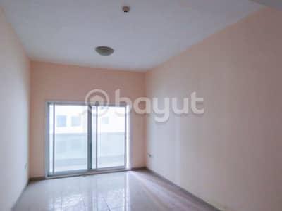 شقة 2 غرفة نوم للايجار في عجمان وسط المدينة، عجمان - متوفر شقة غرفتين وصالة للايجار في ابراج لؤلؤة عجمان - الذي تقع في منطقة الراشدية - 1 - بعجمان