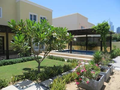 Upgraded 3 Bedroom+Study Villa with Pool
