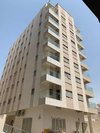 شقة 1 غرفة نوم للايجار في بر دبي، دبي - شقة في الرفاعة بر دبي 1 غرف 48000 درهم - 4266380