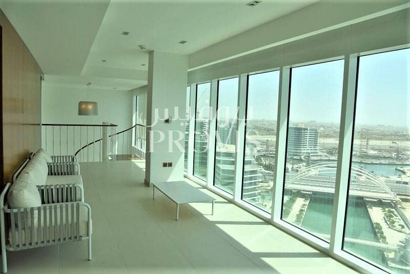 2 Experience luxurious waterfront living in Bandar