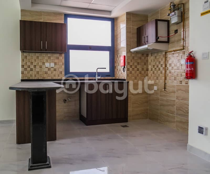 14 ONE BEDROOM APARTMENT IN SYDNEY TOWER