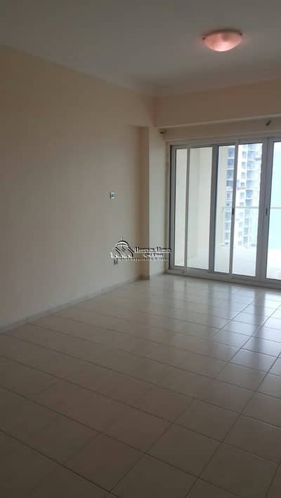 فلیٹ 2 غرفة نوم للايجار في أبراج بحيرات الجميرا، دبي - شقة في برج ليك فيو أبراج بحيرات الجميرا 2 غرف 58000 درهم - 4266883