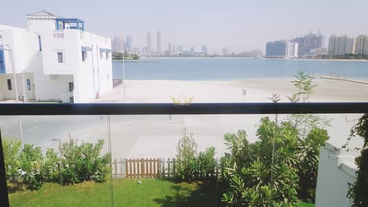 5 Bedroom Townhouse for Rent in Palm Jumeirah, Dubai - Townhouse Sea View