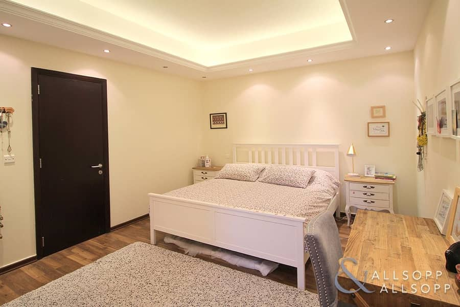 2 Upgraded 3 Bedroom B Type With Large Plot