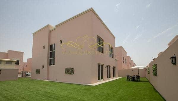 4 Bedrooms Villa for sale-Nad Al Sheba