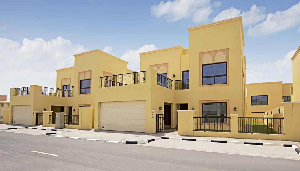13 4 Bedrooms Villa for sale-Nad Al Sheba