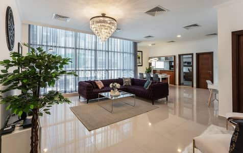 3 Bedroom Villa for Rent in Dubai Marina, Dubai - Furnished 3BR Duplex Villa with Full Marina View