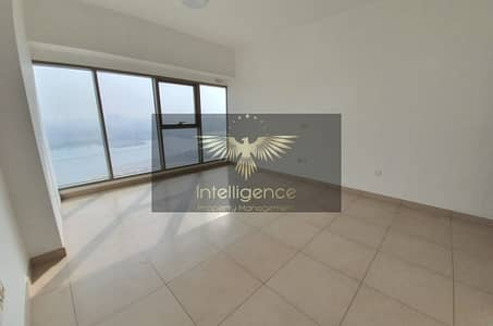 3 Bedroom Apartment for Rent in Al Reem Island, Abu Dhabi - Spacious Flat w/ Maid`s Room and Balcony