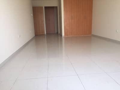 شقة في واحة الينابيع واحة دبي للسيليكون 2 غرف 70000 درهم - 4267781