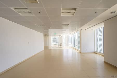 Office for Rent in Dubai Marina, Dubai - Low Floor I Fitted Office Vacant I Rent