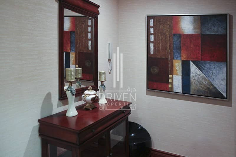 Fully Furnished|Upgraded 3 Bed Apartment