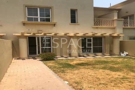 فیلا 2 غرفة نوم للايجار في الينابيع، دبي - Well Presented | Landscaped | Now Vacant