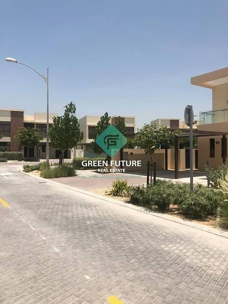 11 Brand New Villa For Rent 1 Year   Maintenance Free