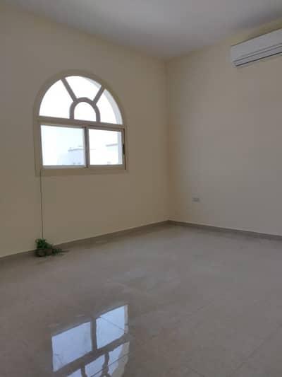 شقة 2 غرفة نوم للايجار في مدينة محمد بن زايد، أبوظبي - شقة في المنطقة 20 مدينة محمد بن زايد 2 غرف 65000 درهم - 4271348