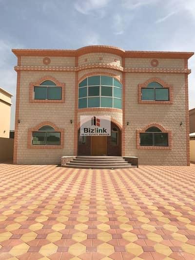 5 Bedroom Villa for Sale in Al Gharayen, Sharjah - 5 Bed Villa For Sale