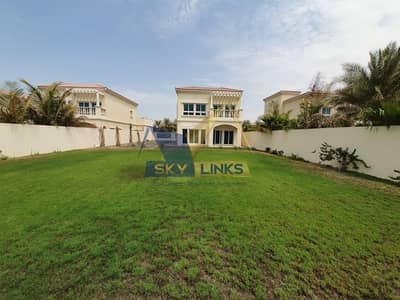 2 Bedroom Villa for Rent in Jumeirah Village Circle (JVC), Dubai - Independent 2BR+Maid Villa | Unfurnished