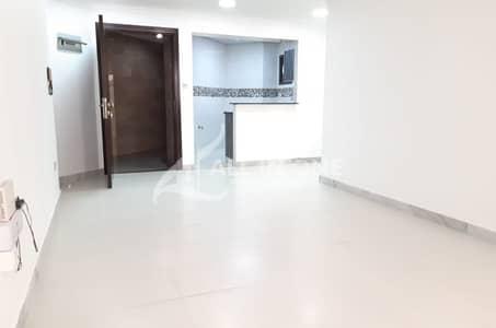 شقة 1 غرفة نوم للايجار في منطقة النادي السياحي، أبوظبي - Awesome and Well Maintained 1 Bedroom