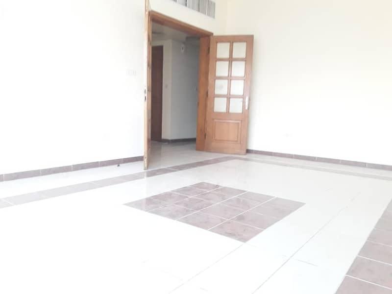 شقة في بوابة البحرية 2 غرف 55000 درهم - 4272470