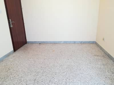 Sharing allowed three 3 bedrooms with balcony and two full bathroom. nn