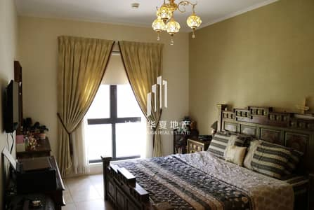2 Bedroom Apartment for Sale in Old Town, Dubai - Partial Burj View | Bigger Size | Study Room