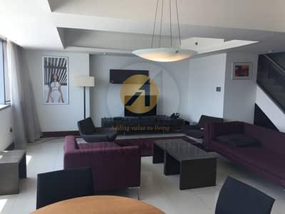 شقة 2 غرفة نوم للبيع في مركز دبي التجاري العالمي، دبي - Burj Khalifa and Emirates Towers view Duplex