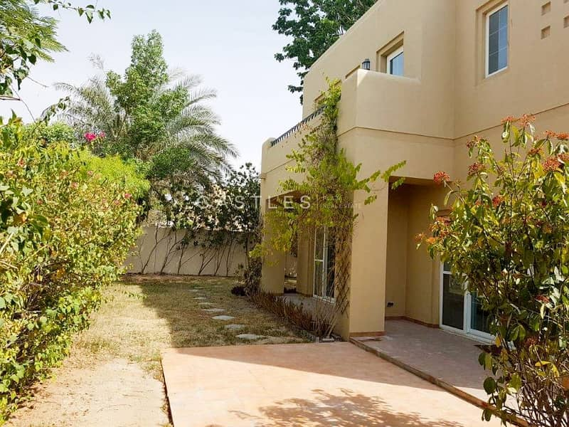 Spacious- 5 bed+maids in Terranova