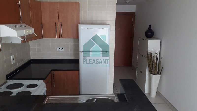 2  Marina View Tower A. 1BR Furnished with Balcony