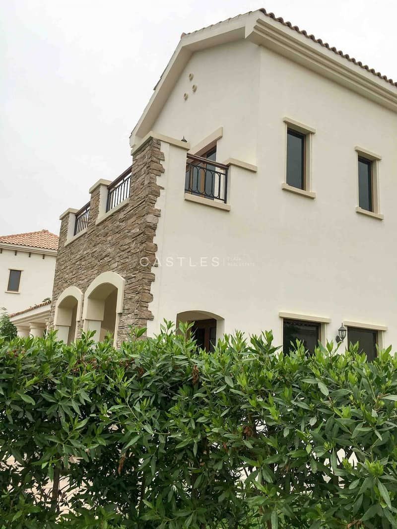 19 Girona D- Lime Tree Valley 5 bed+maids+study