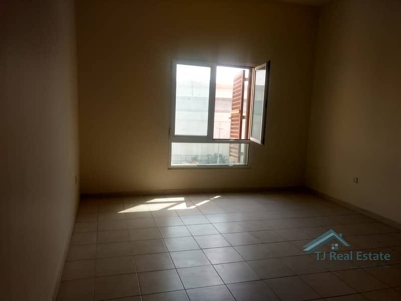 20 Accessible Location | Well Maintained Studio