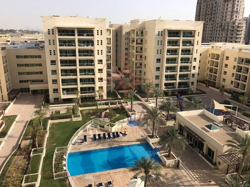 10 2BR+Study with Pool View - Chiller Free