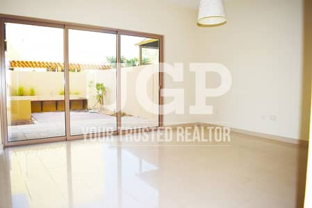 4 Bedroom Townhouse for Sale in Al Raha Gardens, Abu Dhabi - Affordable 4BR TH Type S w/ Huge Garden!