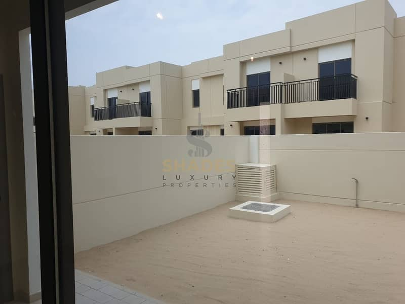 2 LUXURIOUS 4 BR BRAND NEW VILLA AMAZING DEAL AMAZING VIEW