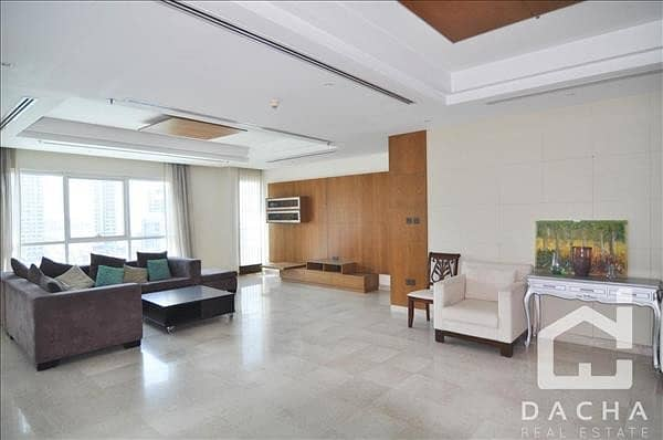 2 Luxury Spacious Apartment with Full Marina View