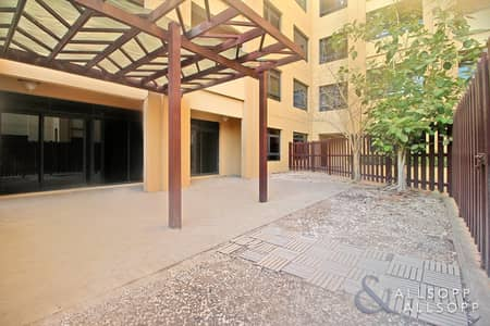 3 Bedroom Apartment for Sale in The Views, Dubai - Three Bedroom | Large Courtyard | Vacant