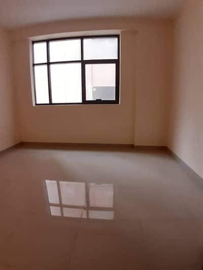 فلیٹ 3 غرفة نوم للايجار في تجارية مويلح، الشارقة - شقة في تجارية مويلح 3 غرف 48000 درهم - 4276517