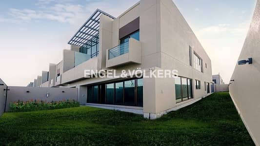 تاون هاوس 4 غرفة نوم للايجار في ميدان، دبي - Brand New Fitted Kitchen With Rooftop Terrace