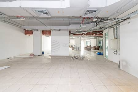 Retail Space in Cluster O with Lake view