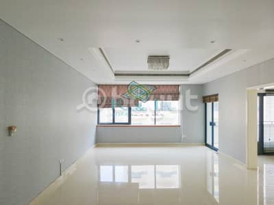 4 Bedroom Flat for Rent in Bur Dubai, Dubai - Huge 3 BHK / Bur Dubai Area / 1 Month Free