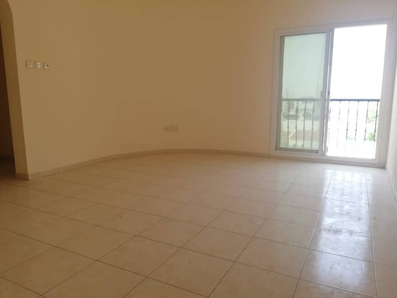 3 BEDROOM WITH MAID ROOM VILLA IN MIRDIFF ONLY 90K