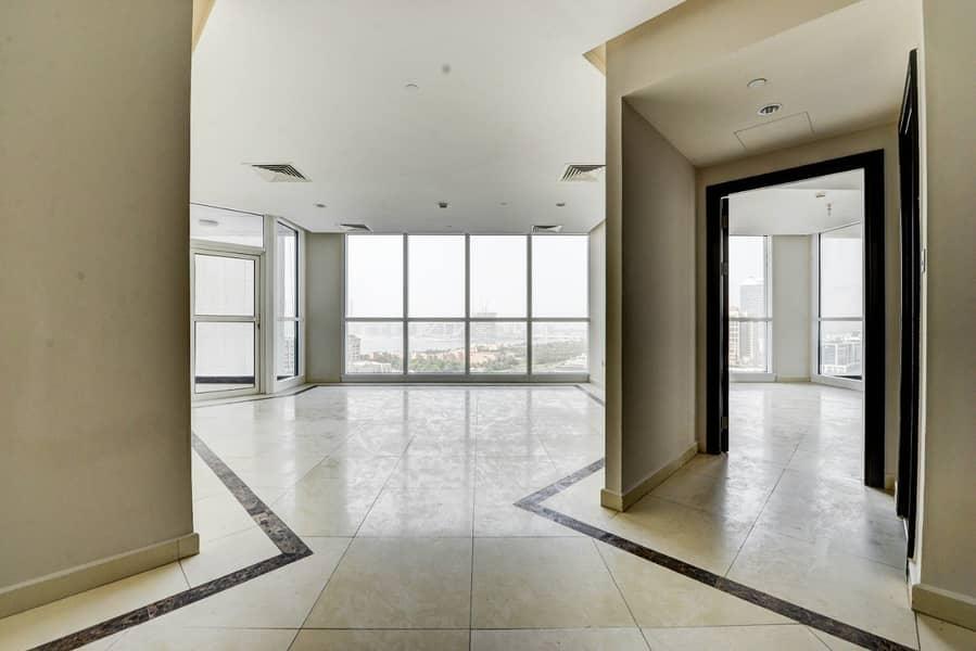 2 Spacious 3 Bedroom Apartment | Sea View